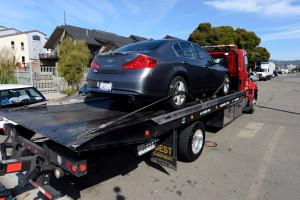 Arrastre de vehículos confiables en Oakland, CA